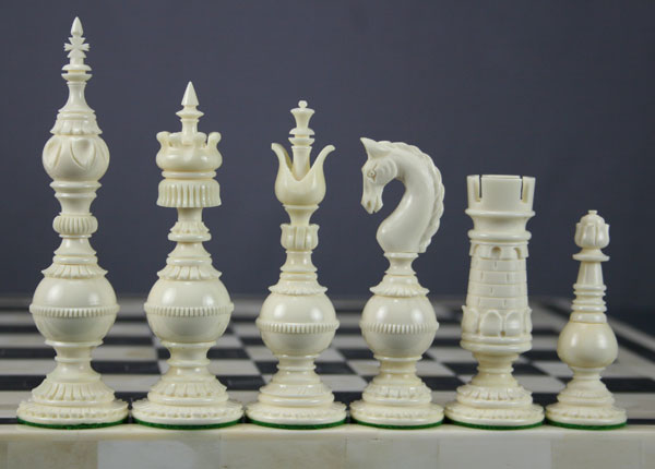 Image from https://www.thechesspiece.com/